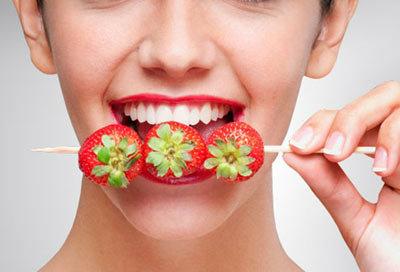 ผักผลไม้ฟอกฟันให้ขาวสะอาดได้