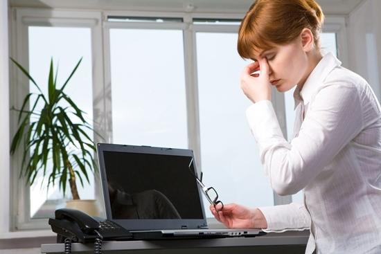 คอมพิวเตอร์ ภัยสุขภาพ โรควุ้นลูกตาเสื่อม