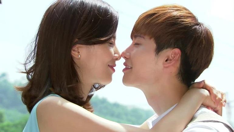 การจูบ ข้อดี จูบปาก