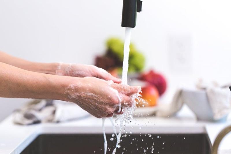 ทำอาหาร ล้าง วัตุถุดิบ