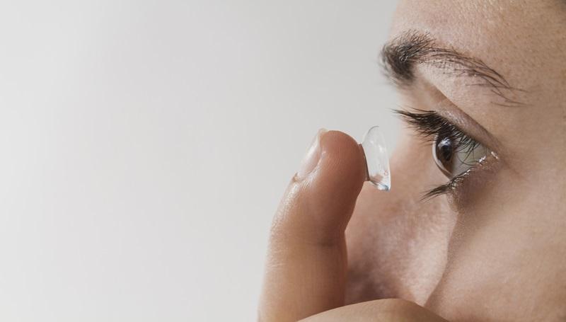 คอนแทคเลนส์ ดวงตา ตาแห้ง สายตา