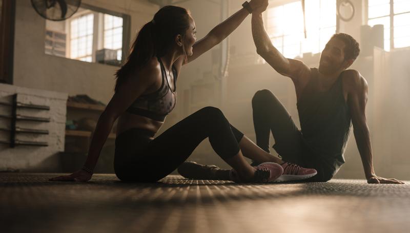 ออกกำลังกาย ออกกำลังกายกับแฟน