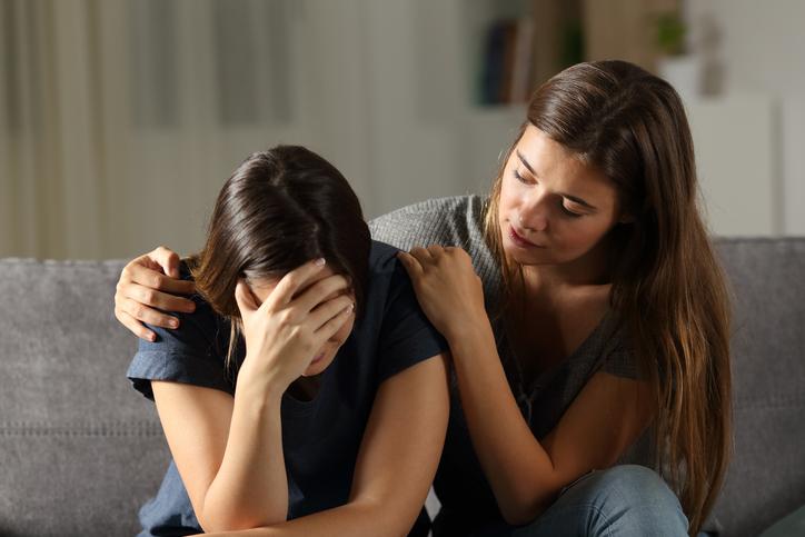 ช่วยเพื่อนด่วน! แนวทางป้องกันการฆ่าตัวตาย จาก โรคซึมเศร้า
